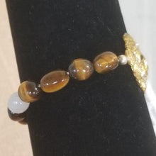 Load image into Gallery viewer, Lion White Agate Beads Tiger Eye Bracelet