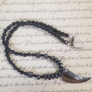 Magnet Black Calcite Talon Necklace