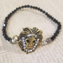 Load image into Gallery viewer, Antique Lion Black Glass Beads Bracelet