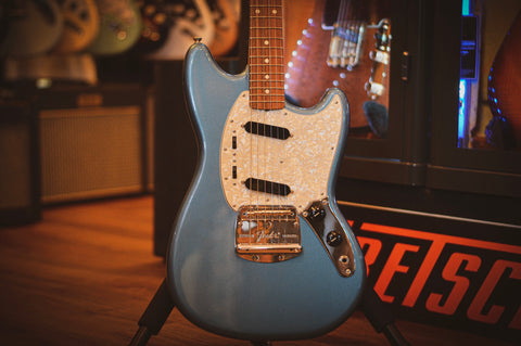Image of Fender Vintera 60's Mustang PF Lake Placid Blue