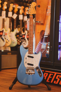 Fender Vintera 60's Mustang PF Lake Placid Blue