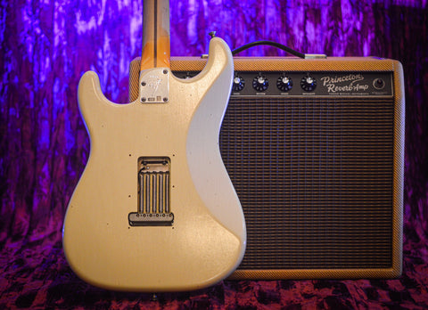 CUSTOM SHOP Fender Postmodern Stratocaster Journeyman Relic Aged Vintage White back music bros