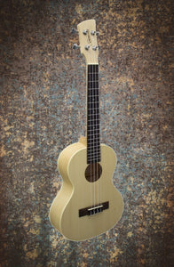 Brunswick BU5T Tenor Ukulele Maple Finish