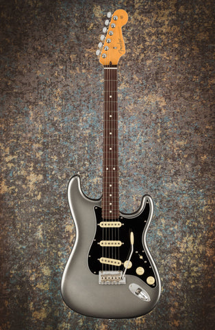 Fender American Professional II Stratocaster Mercury front music bros