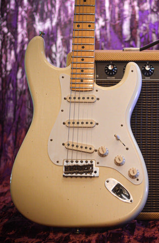 Image of CUSTOM SHOP Fender Postmodern Stratocaster Journeyman Relic Aged Vintage White music bros front