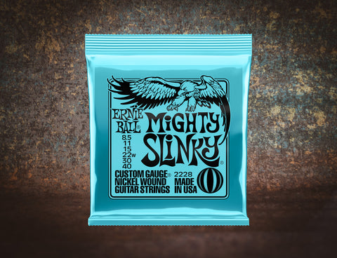 Ernie Ball 2228 Mighty Slinky Electric Guitar 6 Strings 8.5-40