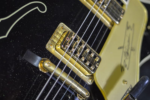 G6120T-SW STEVE WARINER SIGNATURE NASHVILLE® GENTLEMAN WITH BIGSBY® Music Bros. Ltd  Tru-Arc Bridge