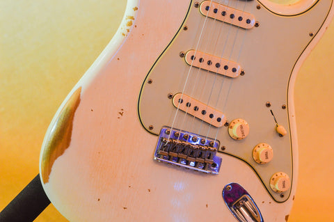 Image of Fender Custom Shop 1959 Stratocaster Heavy Relic - Rosewood 2019 Aged Olympic White
