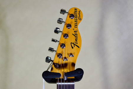 Fender American Original 70s Telecaster Custom 3-Color Sunburst headstock