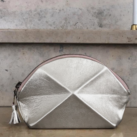 Pyramid cosmetic bag - Silver