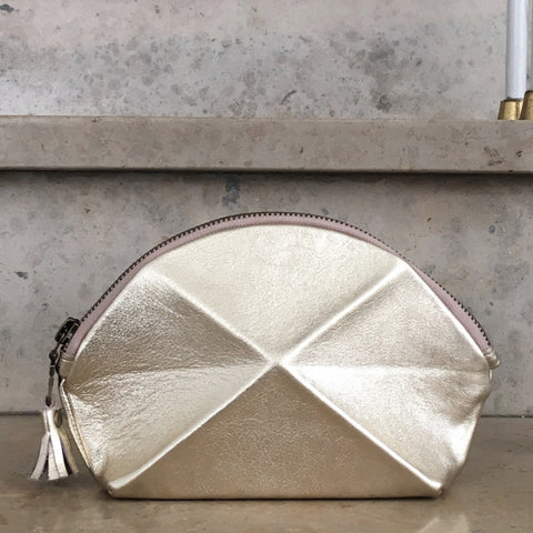 Pyramid cosmetic bag - Gold