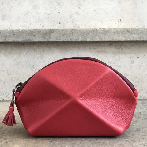 Pyramid cosmetic bag - red
