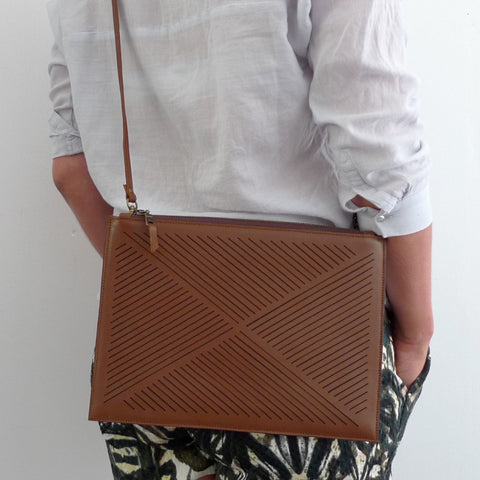 Cut out clutch / cross body bag  - brown