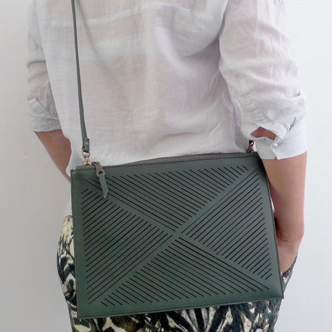 Cut out cross body bag  - Green