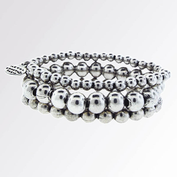 Metal Pointus Triple Silver Bead Bracelet