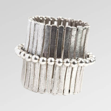 Metal Pointus Sasson Cuff With Beads Bracelet