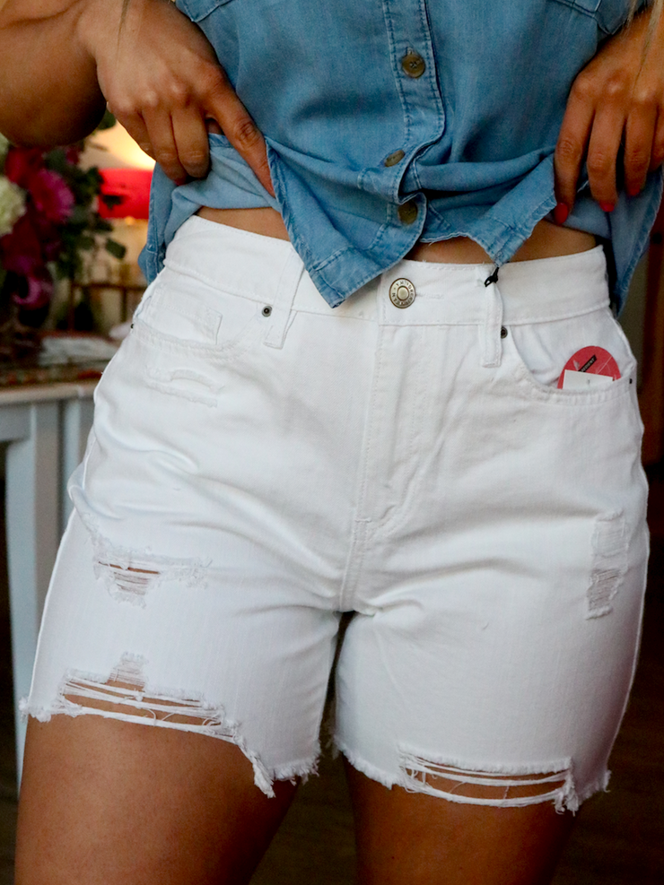 High Rise City Short | Distressed White