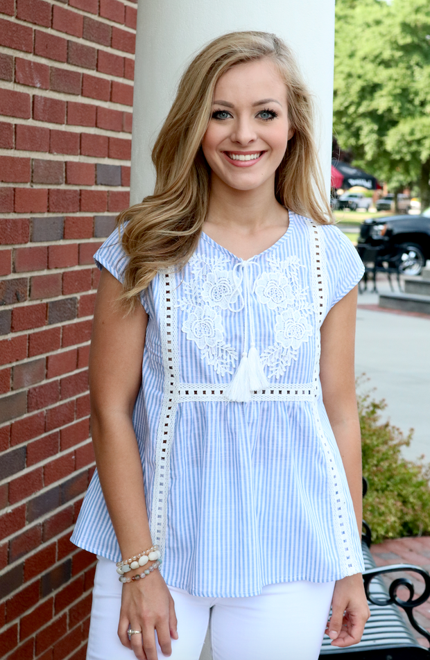 Kentucky Embroidered Floral Top