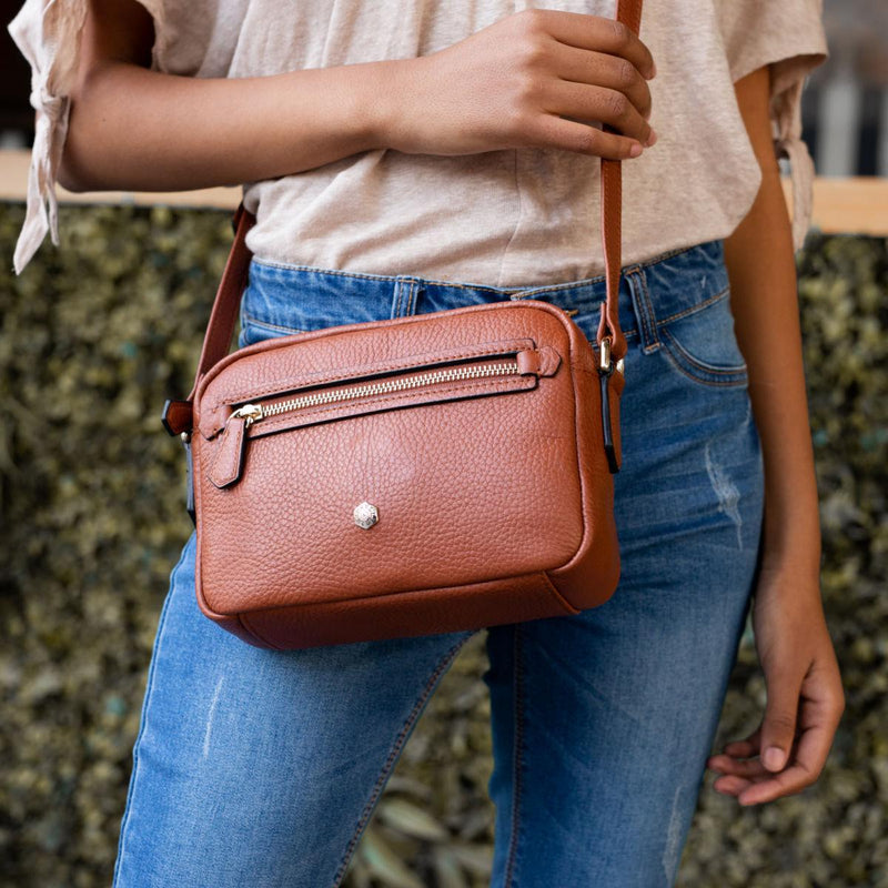 Small Crossbody, Nut - Jekyll and Hide UK