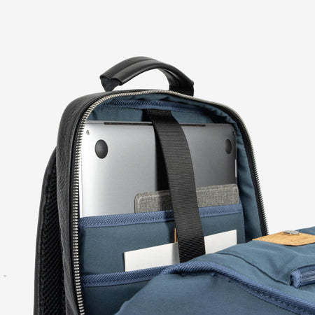 Compact Backpack 38cm, Matt Black