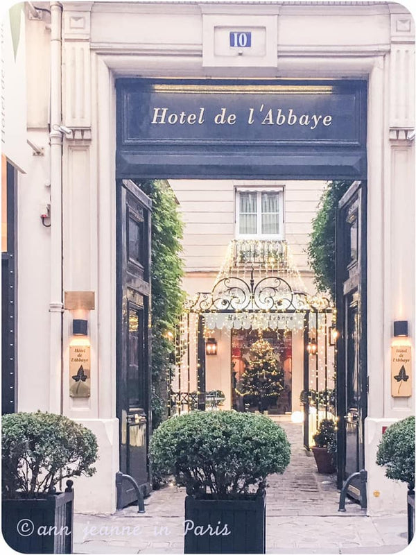A beautiful hotel located nearby Place Saint Sulpice - 10 rue Cassette - Paris 6