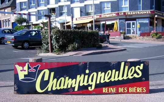 CHAMPIGNEULIES BEER SIGN