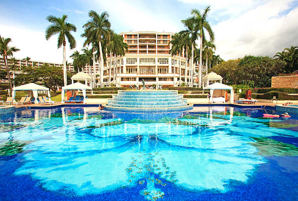Where do you swim best hotel pools for kids fasten for Best hotel swimming pools for kids
