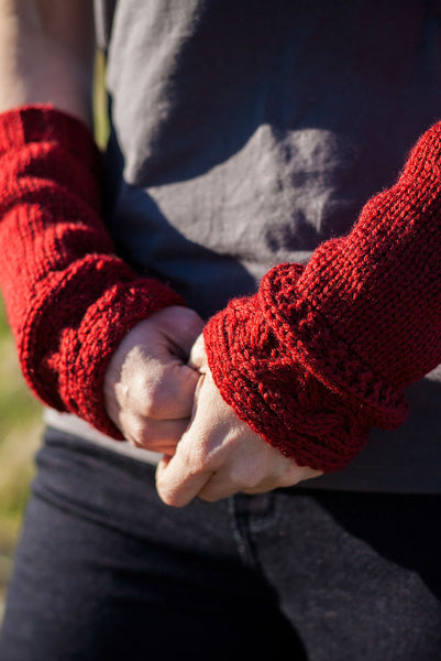 Rhenish Arm Warmers - Outlander - AbbyShot