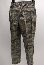 Load image into Gallery viewer, USAF Women's Utility Trousers, Digital Tiger, 14R, NSN 8410-01-536-2760, New