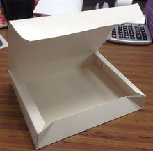 "Load image into Gallery viewer, 25 Sperring White Corp Paperboard Folding Lunch Box 9 3/4"" x 7 13/16"" x 5/8"" New"