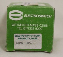 Load image into Gallery viewer, Rotary Switch, PN 32303, NSN 5930-00-259-4647