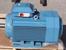 Load image into Gallery viewer, ABB Alternating Motor, NSN 6105-25-150-9953, M3AA 200MLA 6, NEW!