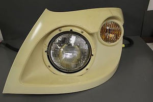 International Headlight Assembly, Headlamp, Left Side, P/N: 3605816C92 , New