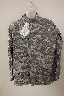 ACU Perm Guard Combat Coat, Size: Small Regular, NSN: 8415-01-586-0531, New