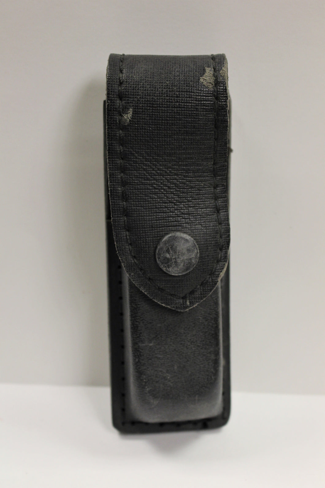 Safariland Single Magazine Pouch, Black, Fits Beretta 8000, 76-76-23PBL, Used