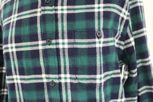 Load image into Gallery viewer, Aeropostale Mens Plaid Shirt, Medium, New!
