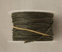 Load image into Gallery viewer, Spool Of US Military Camo Net Repair Kit Twine, Woodland 90 feet, NEW!