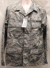 Load image into Gallery viewer, Air Force Man's Utility Coat, Size: 38L, 8415-01-536-4369, NEW!