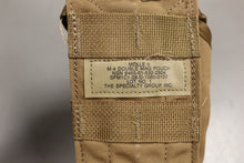 Load image into Gallery viewer, Molle II 30 Round Double Mag Magazine Pouch, Coyote Brown, 8465-01-532-2304, New