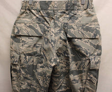 Load image into Gallery viewer, USAF Women's Utility Trousers, Digital Tiger, 14 R, NSN 8410-01-598-7600, New