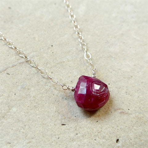 Essential Energy Gemstone Necklace: Carnelian - Energy