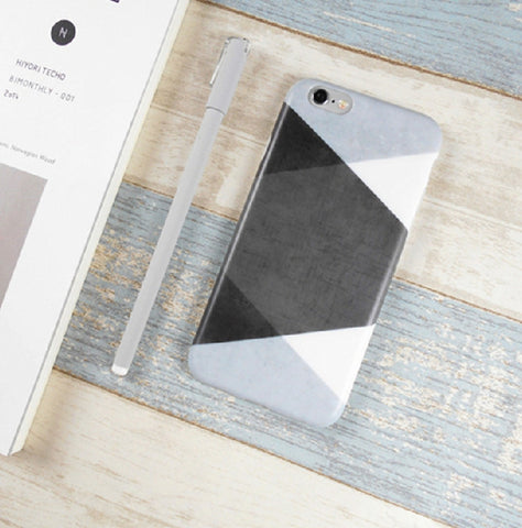 Geometric Black & White Triangle Pattern Case Cover for Apple iPhone - CaseCarnival- Design Cases