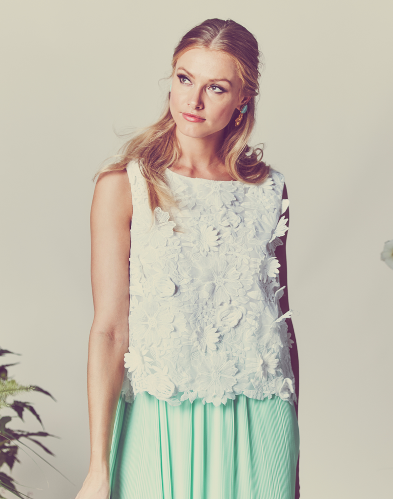Mestiza New York White 3D Lace Sleeveless Top
