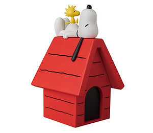 Medicom SNOOPY W/WOODSTOCK & DOGHOUSE