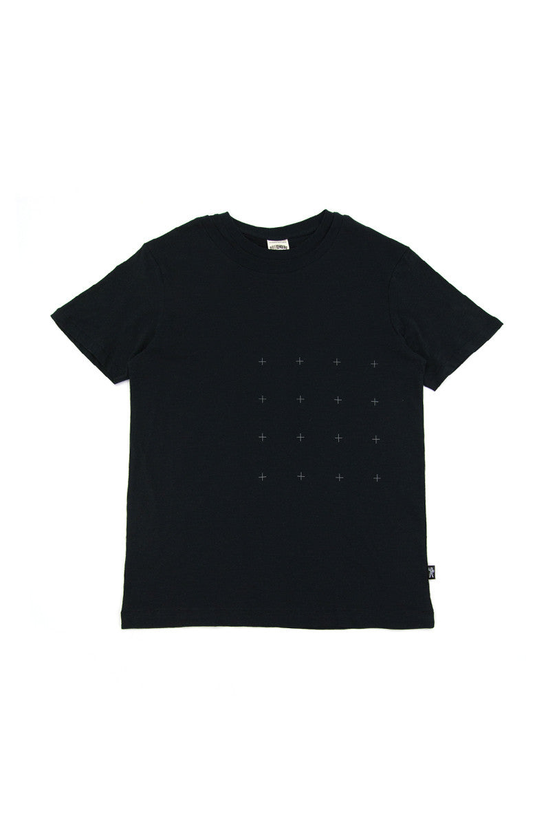 UNIDENTIFIED TEE