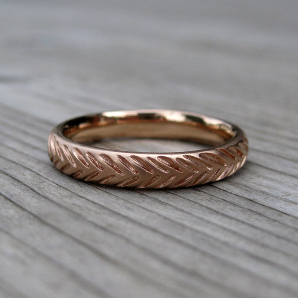 Feather Wedding Band Set | Recycled Gold