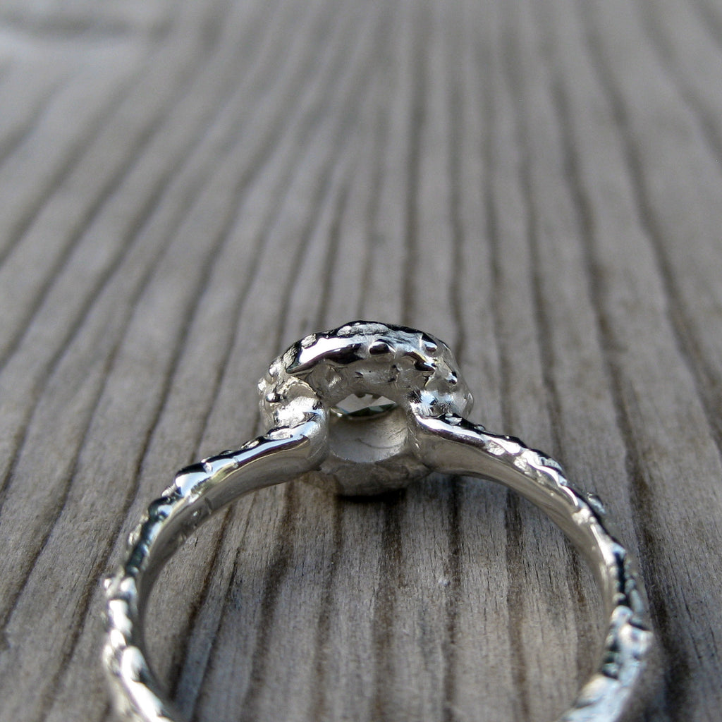 Round Diamond Twig Halo Engagement Ring, VS/GH (.25ct)