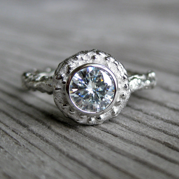 Round Diamond Twig Halo Engagement Ring, SI1/F (.50ct)