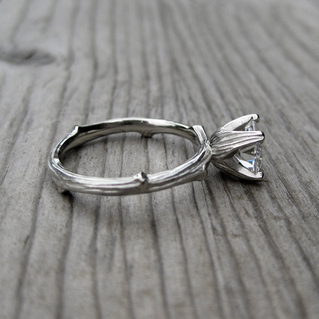 <center><strong>・JUNIPER・</strong><br></center> Lab-Grown Diamond Twig Ring (VS2/D), 1.30ct