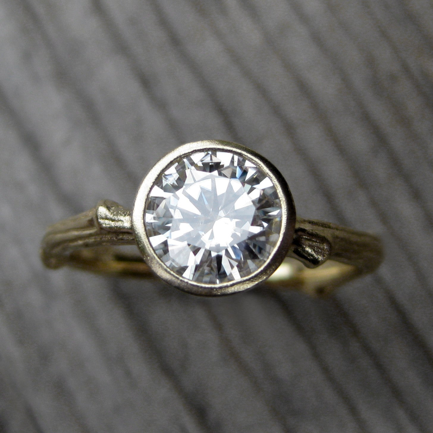 eco friendly of diamond beautiful grown lab engagement rings an